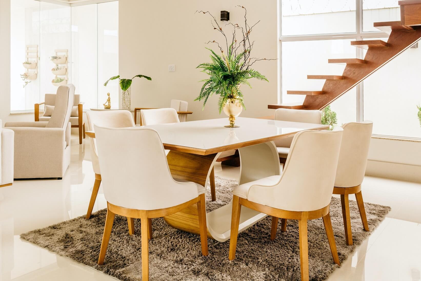 การตกแต่งภายในห้องรับประทานอาหาร การปรับปรุงและตกแต่งห้องรับประทานอาหาร